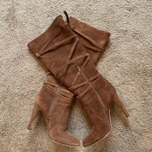 Vince Camuto Brown suede boots